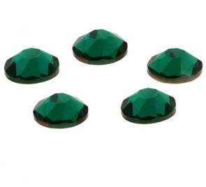 Cristale Swarovski cu spate plat si lipire la cald 2038 Emerald (205) SS 34