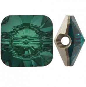Nasturi Swarovski 3009 Verde Emerald F (205) 10 mm